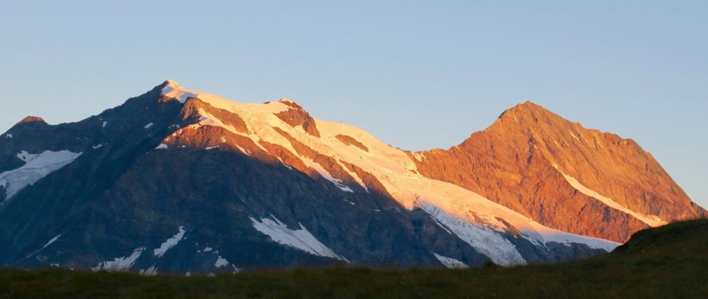 Le Mont Pourri et le Dôme de la Sache